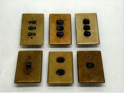 スイッチ盤(真鍮)