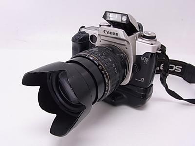一眼レフカメラ19 ストロボ内蔵(スチールカメラ)