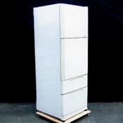 電気冷蔵庫11