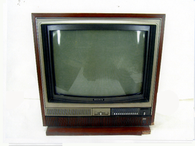 家具調テレビ18