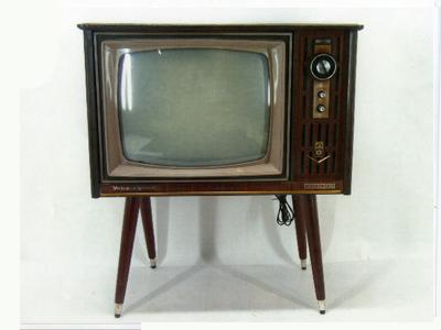 家具調テレビ21