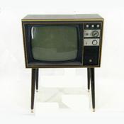 家具調テレビ22