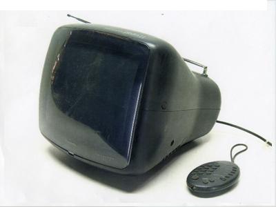 11型テレビ01