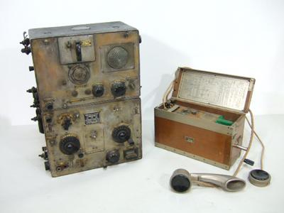 無線機(陸軍九四式)・野戦電話機・九二式電話機